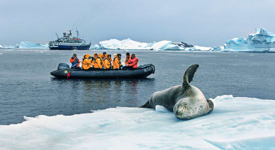 zegrahm cross antarctic peninsula zodiac