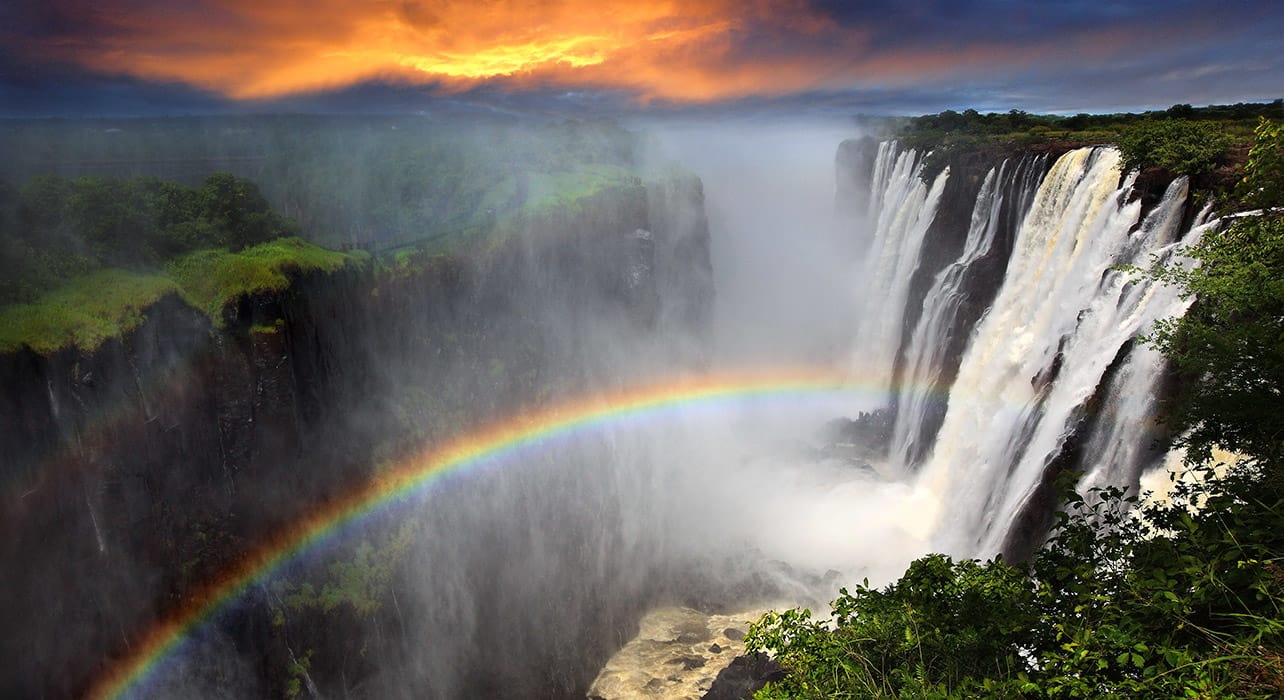 victoria falls sunset rainbow