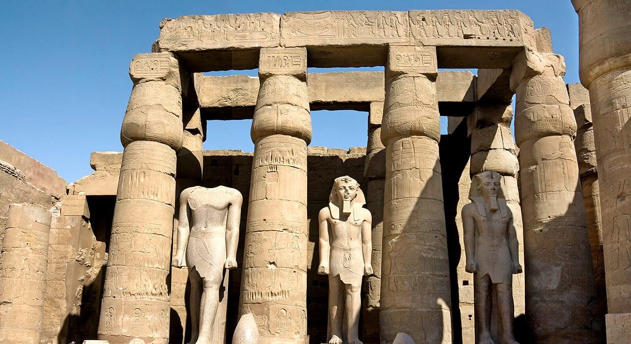 luxor ruins pillars egypt