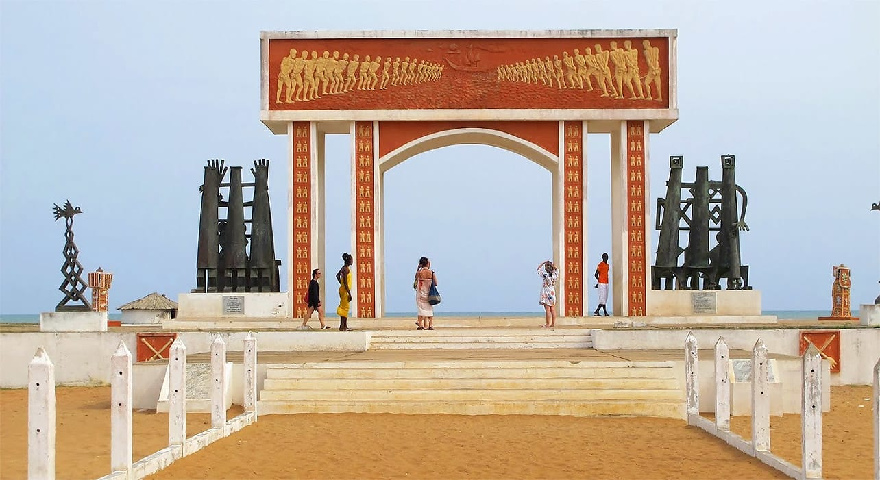 8 slide ghana togo benin boat slave gate pano