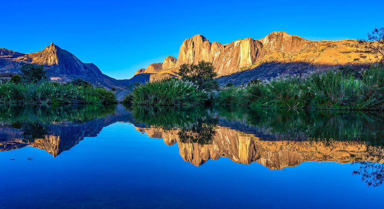 andringitra water reflection clifs madagascar