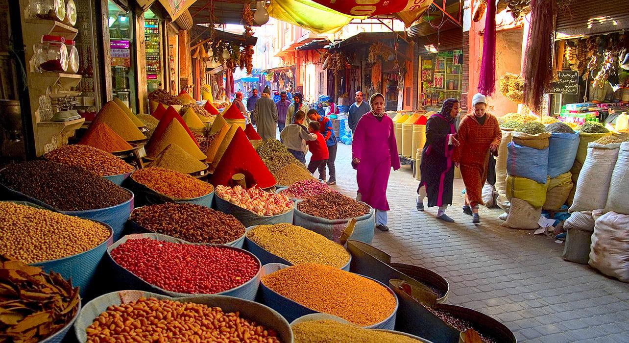 2 slide morocco atlas jean pierre lescourret market pano