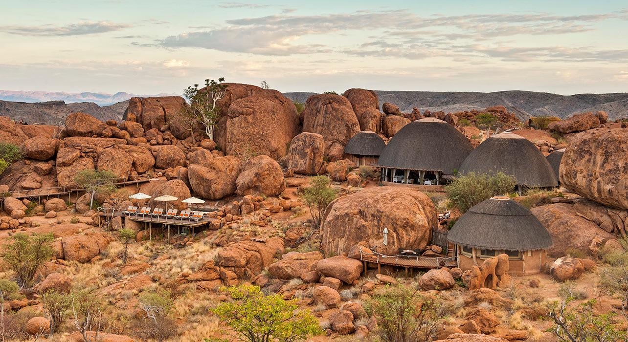 7 slide mowani lodge namibia pano