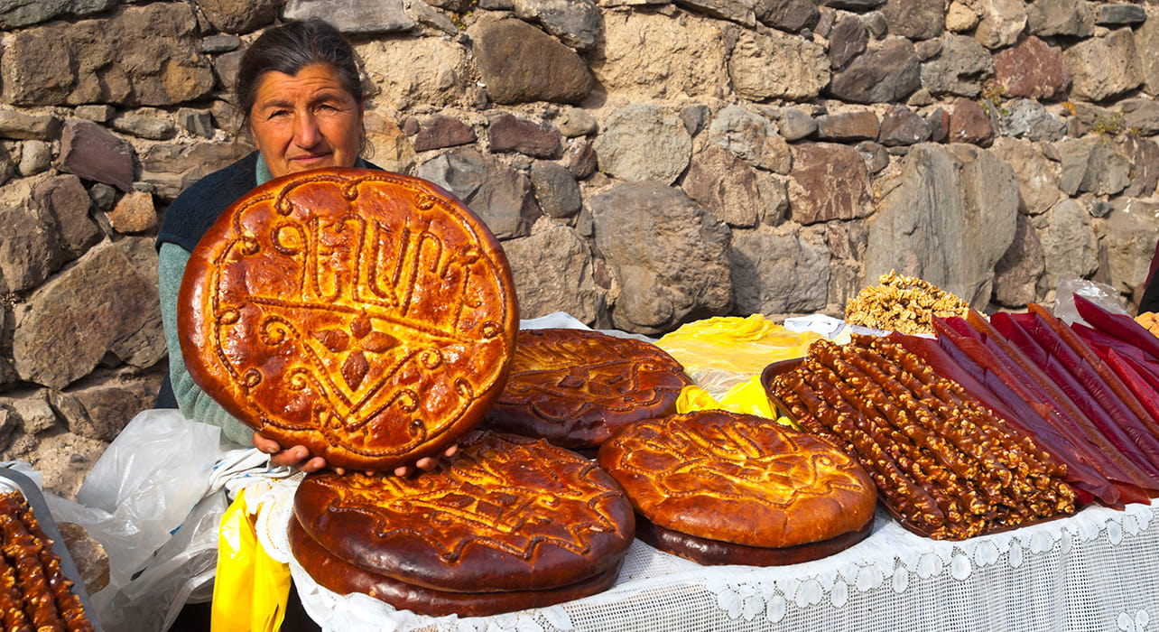 bread traditional lady armenia