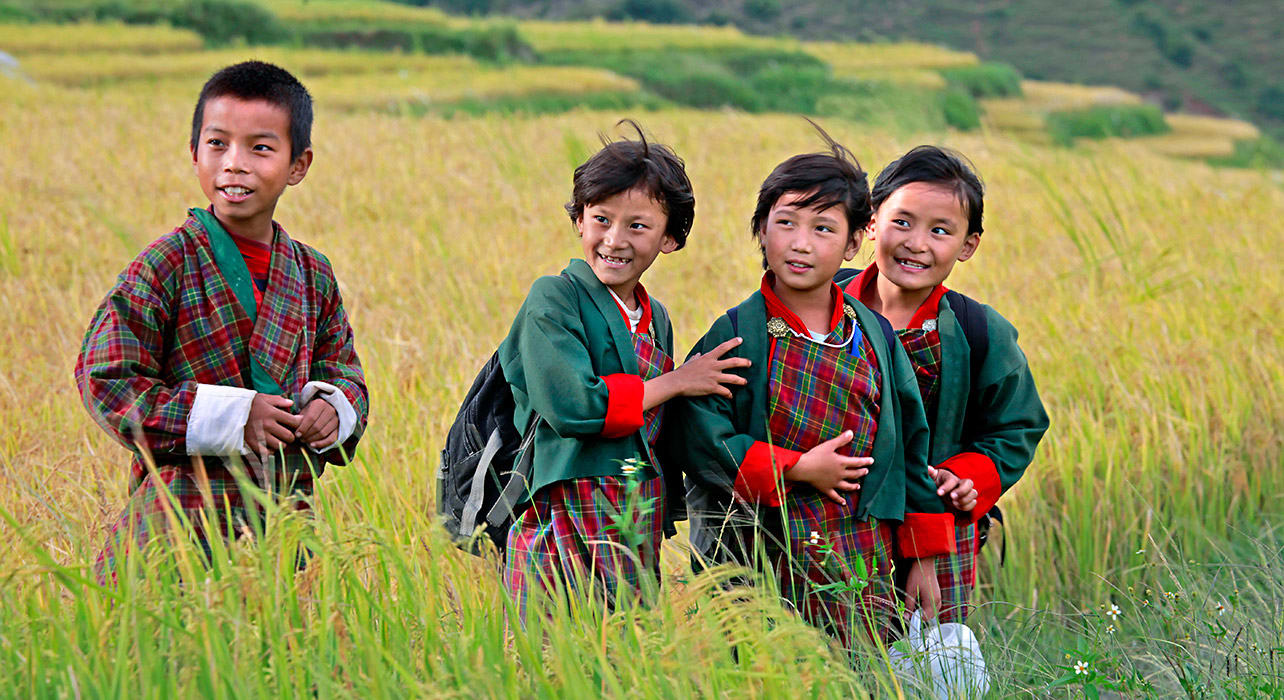 8 slide bhutan lobeysa boy girls pano