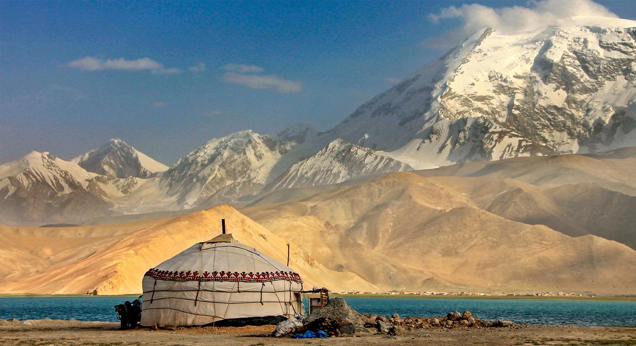 karakoram highway kashgar china
