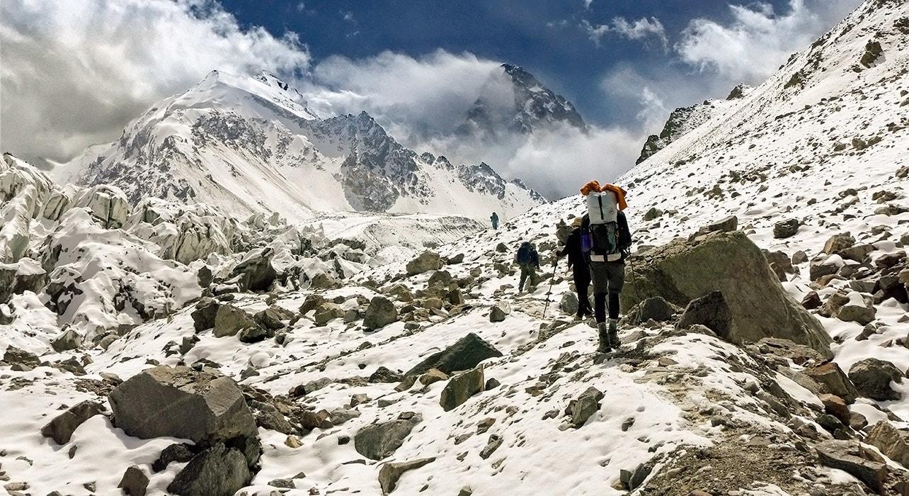 china karakoram hikers approaching italian camp