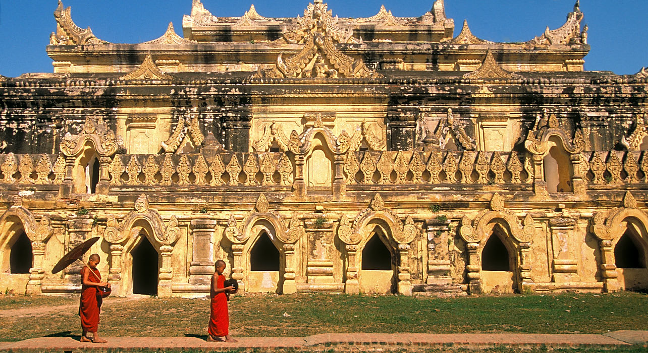 burma mandalay monks temple