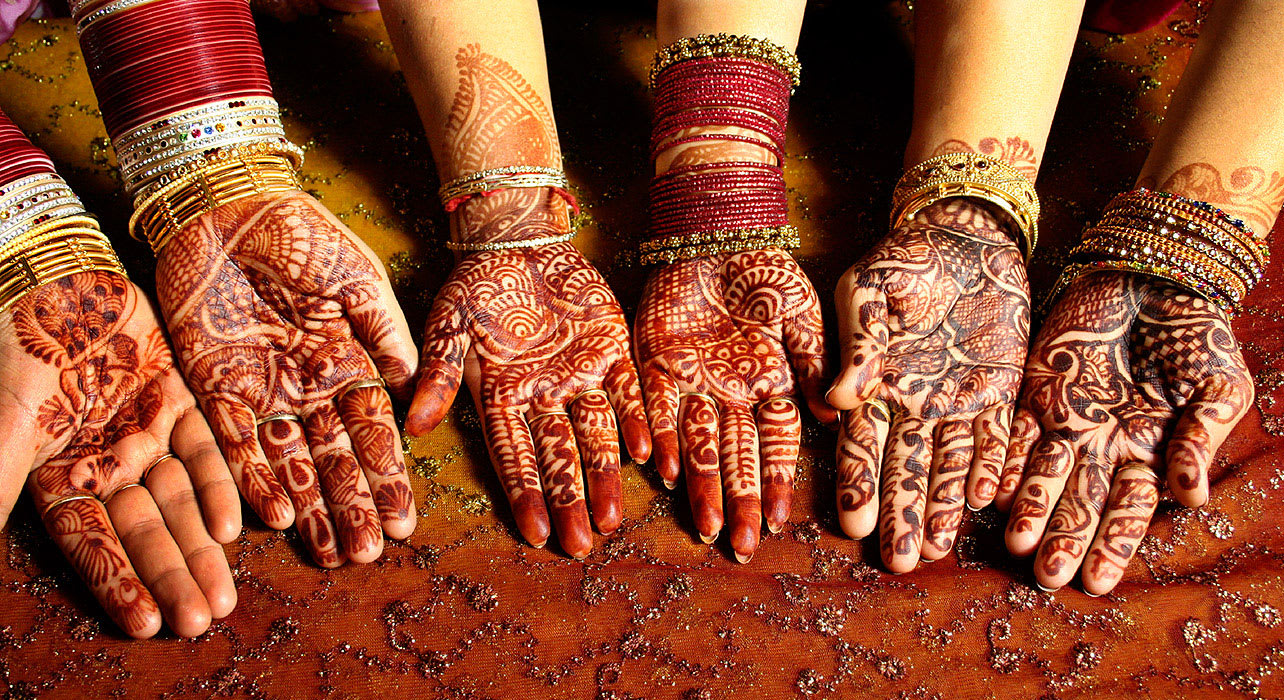 india henna hands