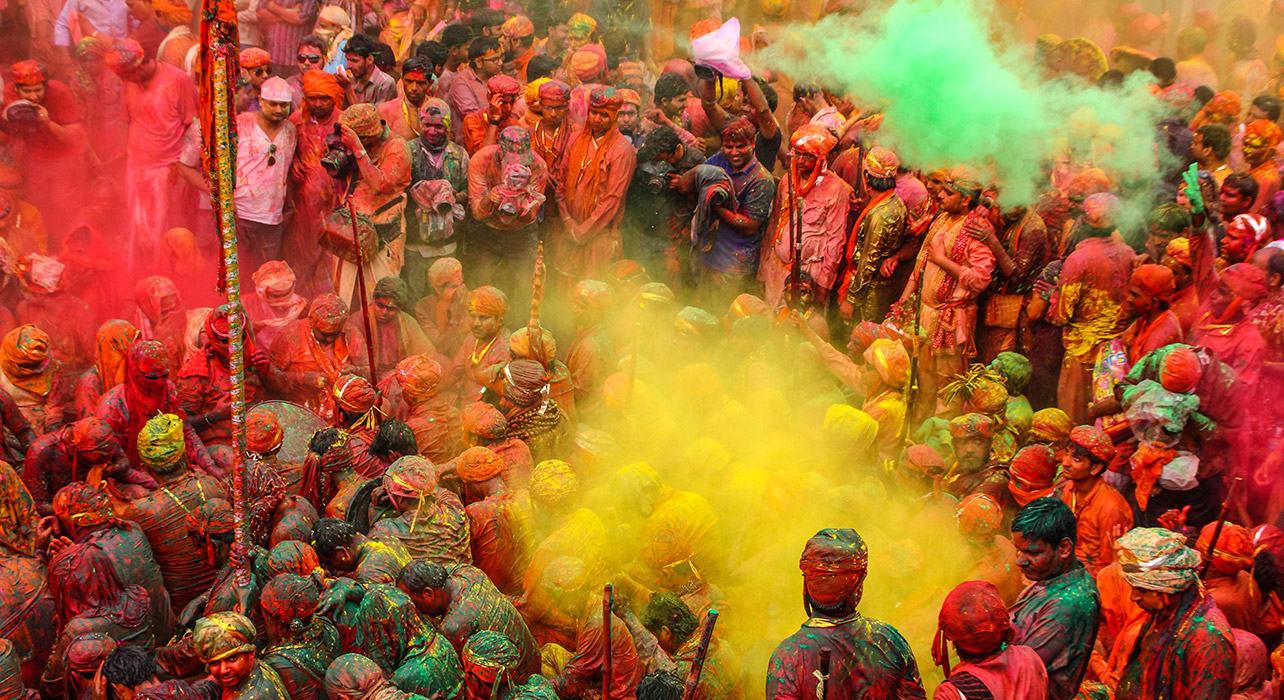 india holi festival colorful