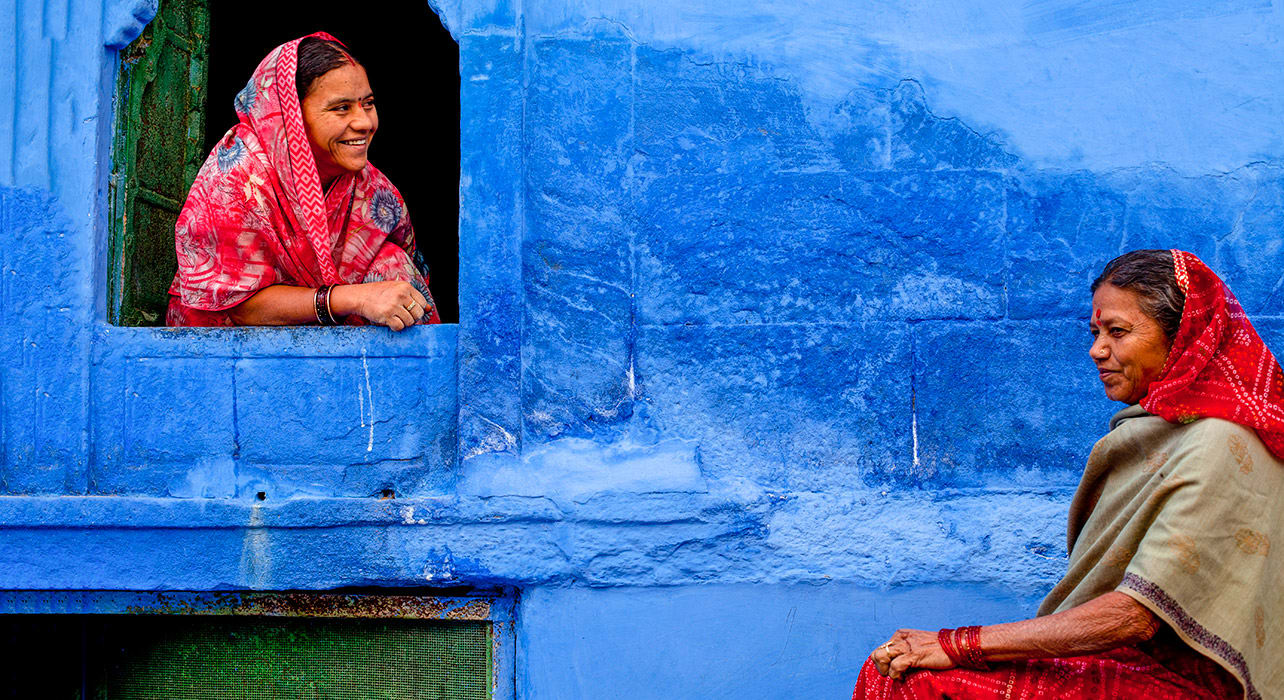 india rajasthan jodhpur women blue city