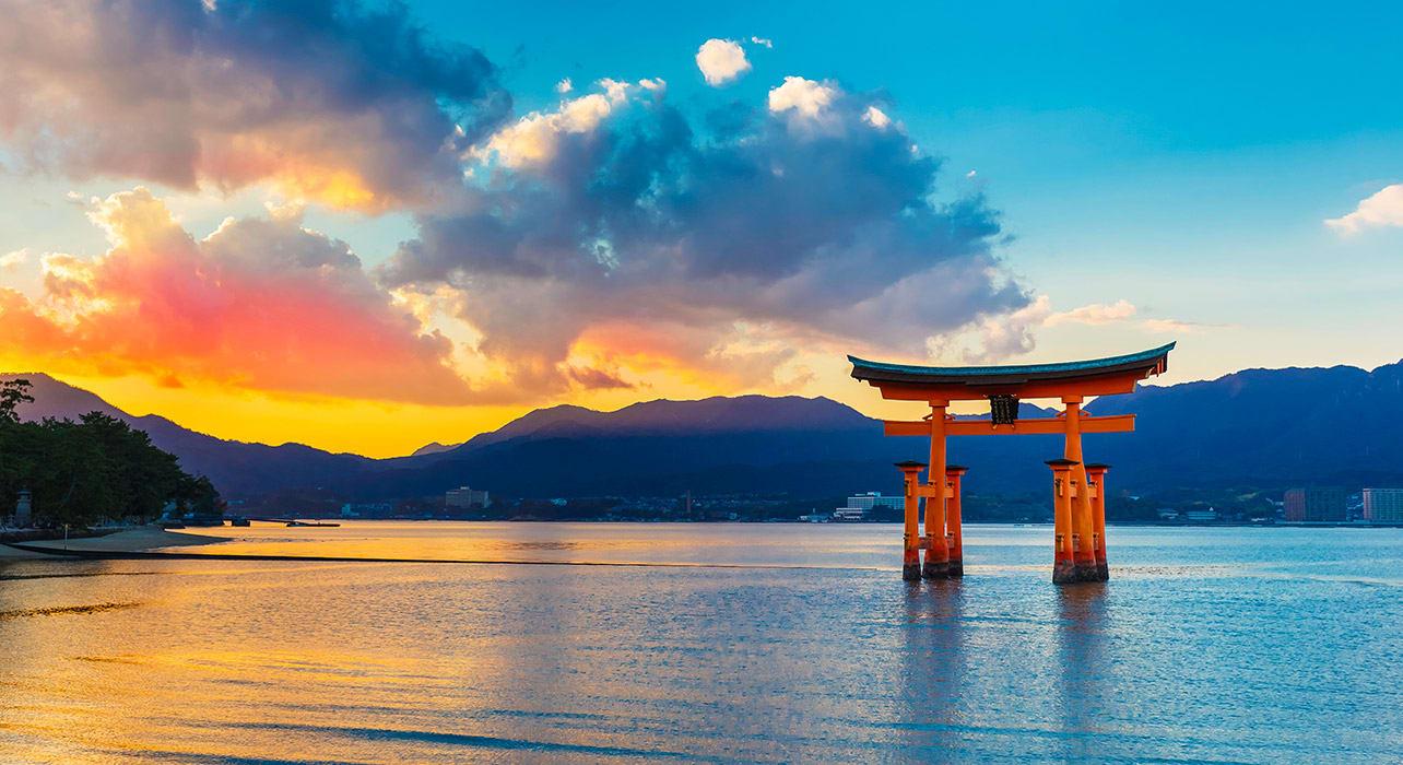 miyajima gate sunset