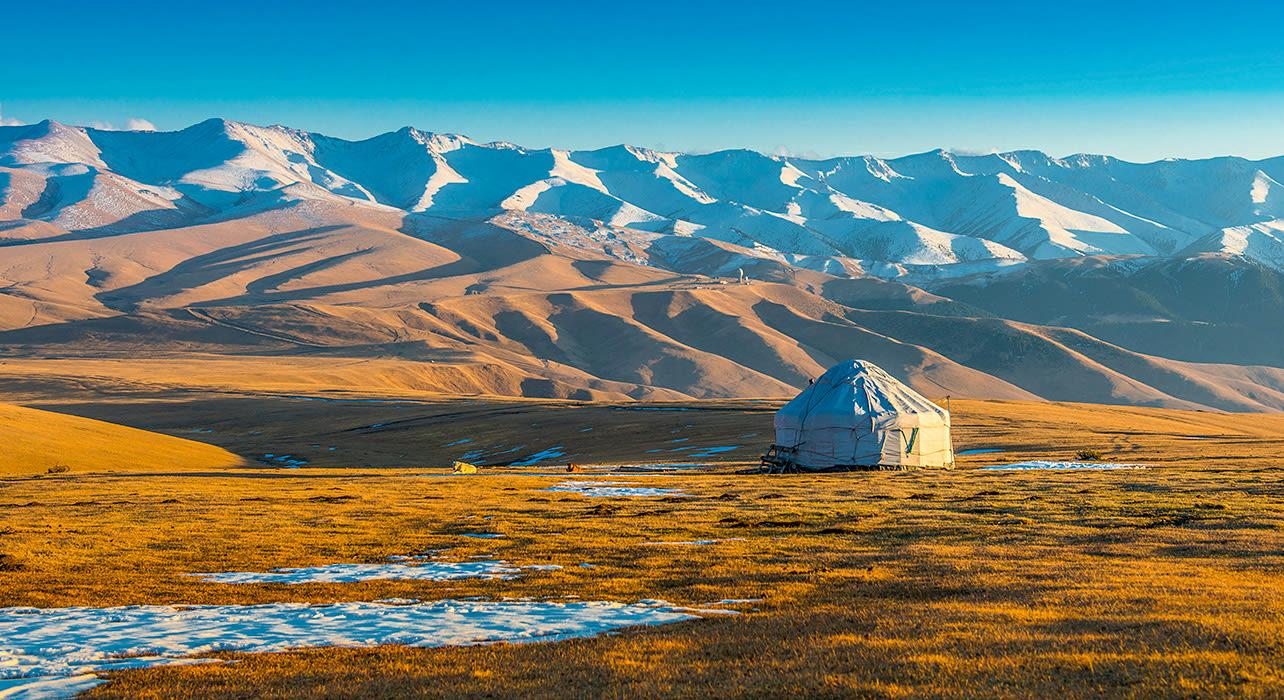 central asia kazakhstan silk road yurt