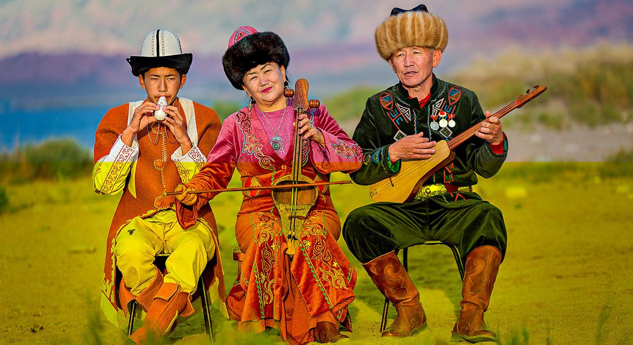 8 slide issyk kul lake kyrgyzstan musicians pano