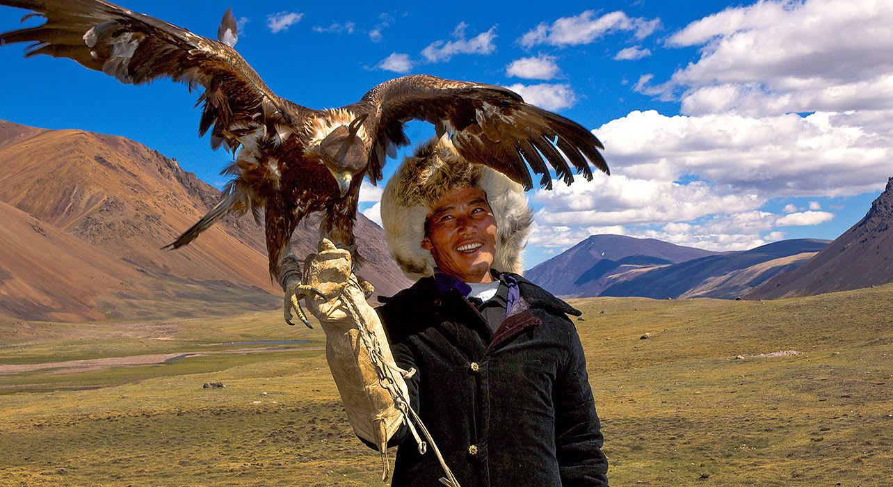 mongolia golden eagle festival