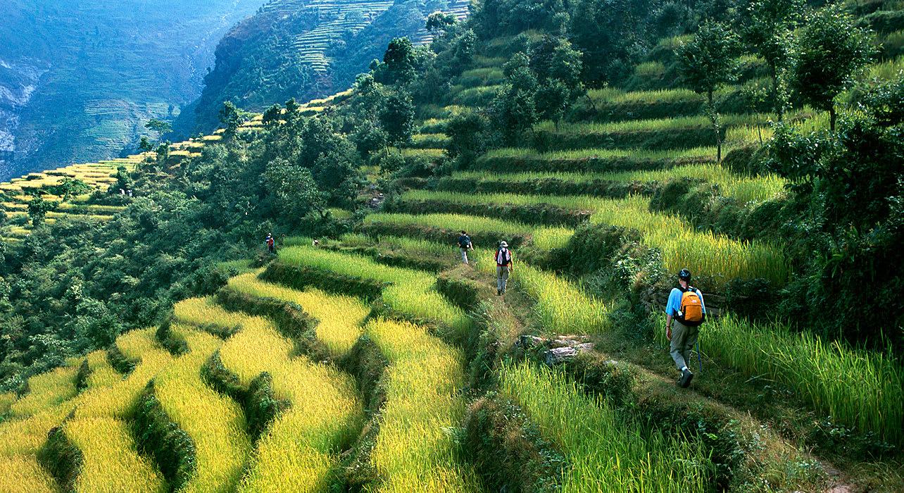 nepal annapurna everest machapuchare hindu hilltribe villages