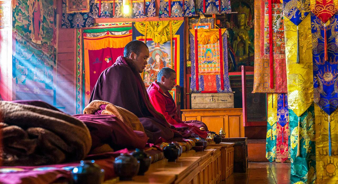 nepal tengboche monastery buddhist monks