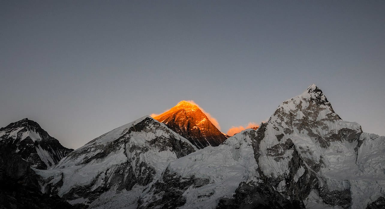 6 slide everest nepal mountains alpenglow pano