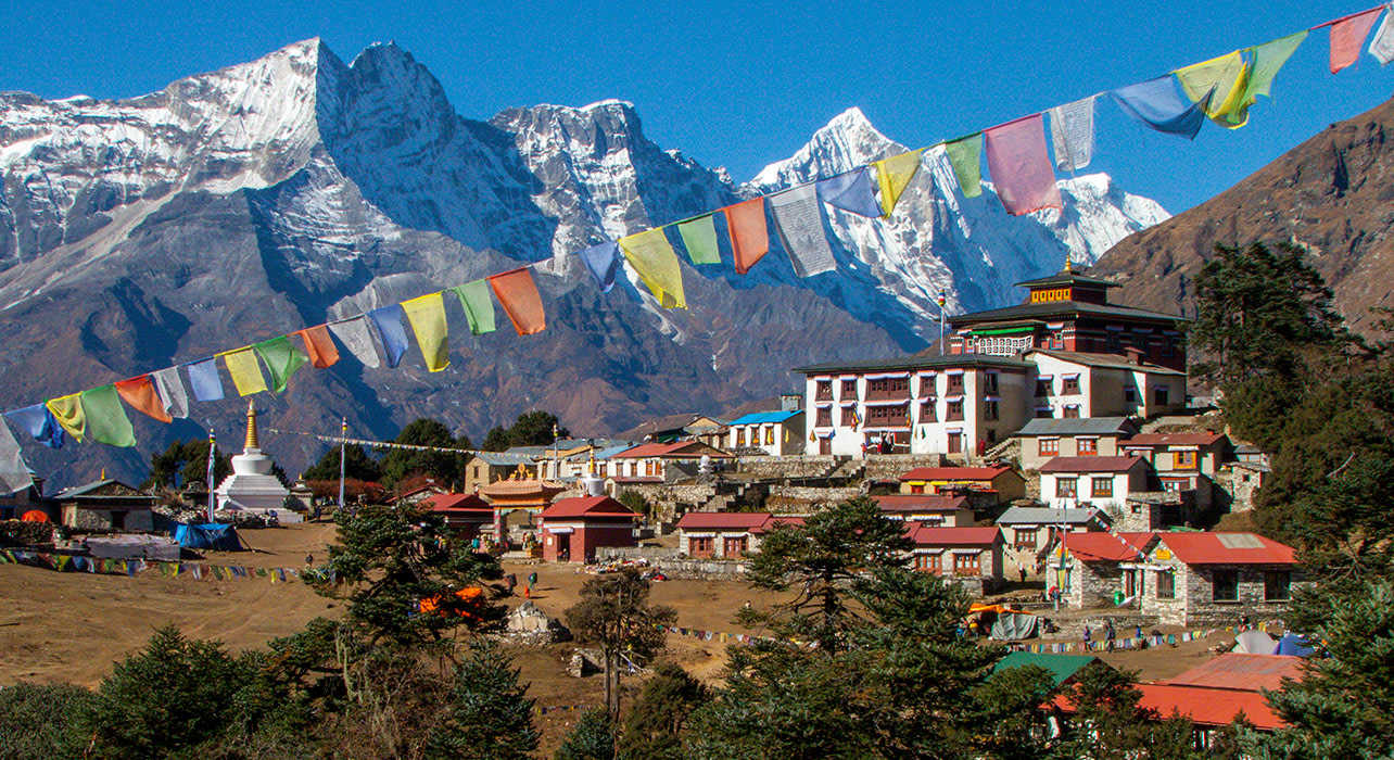 nepal tengboche monastery prayer flags