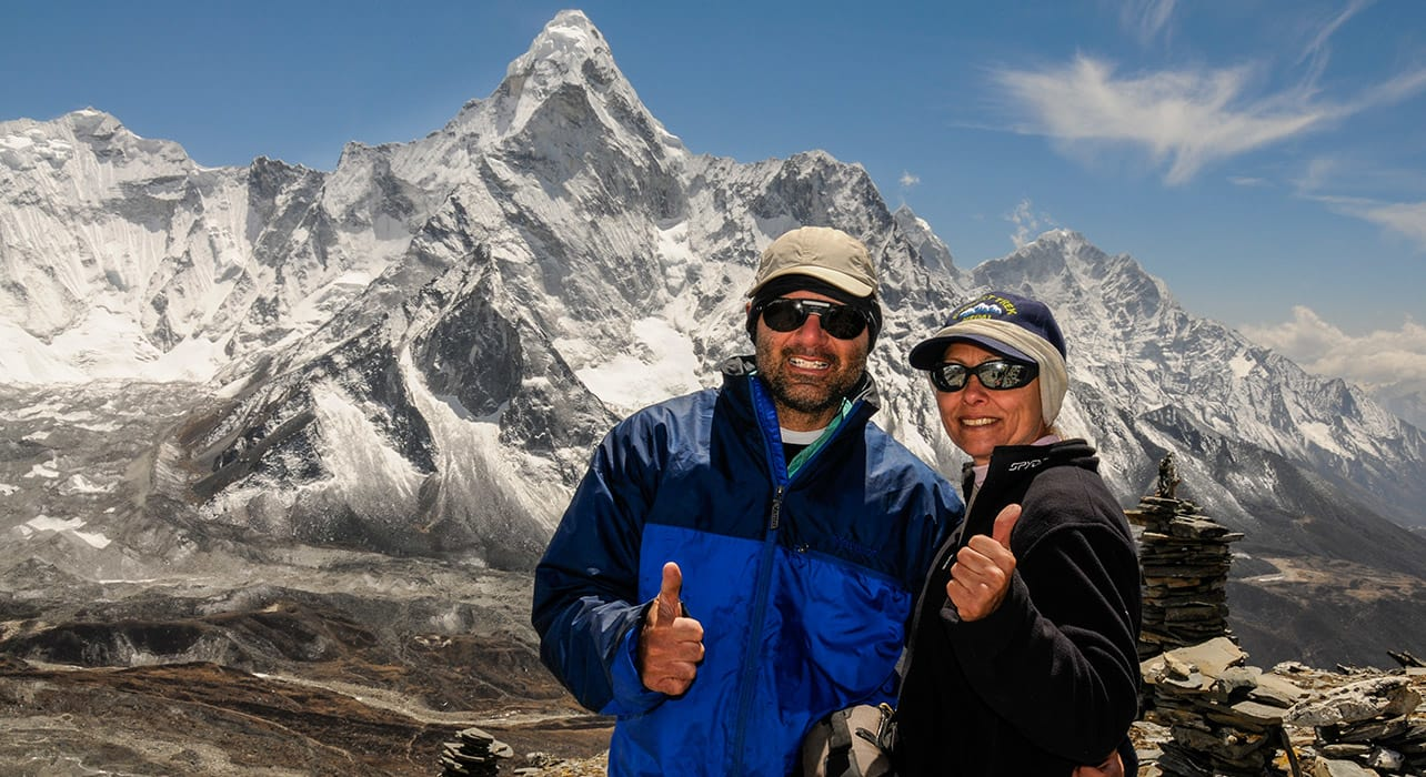 everest trek happy hikers