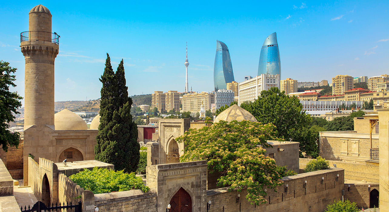 azerbaijan baku mosque skyline