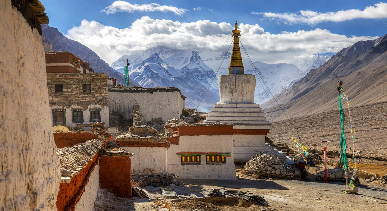 tibet rongbuk monastery mt everest