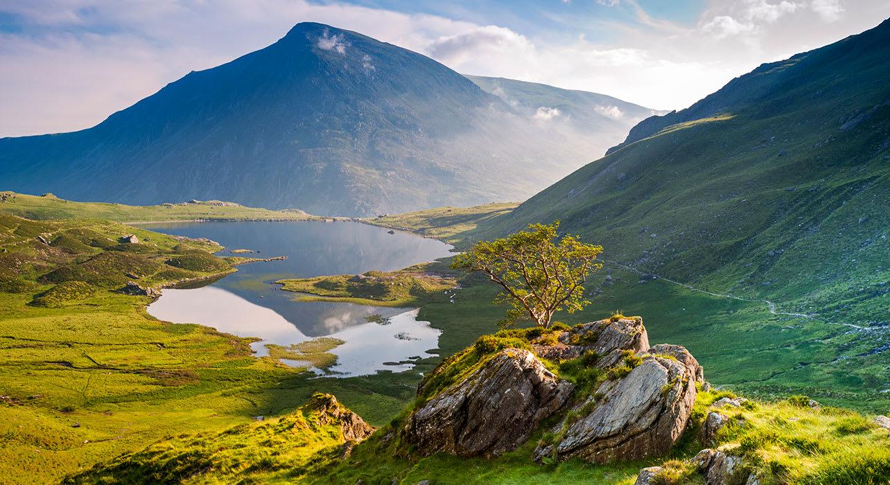 wales snowdonia natl park idwal lake