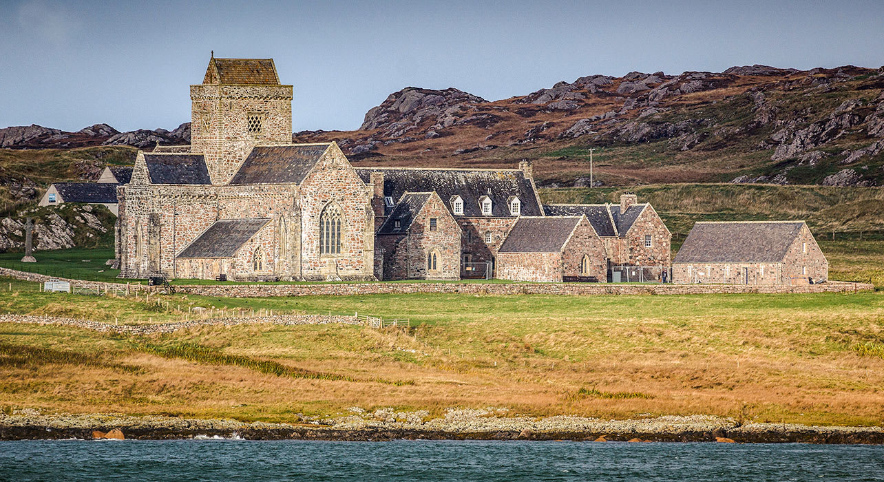 scotland isle of iona abbey