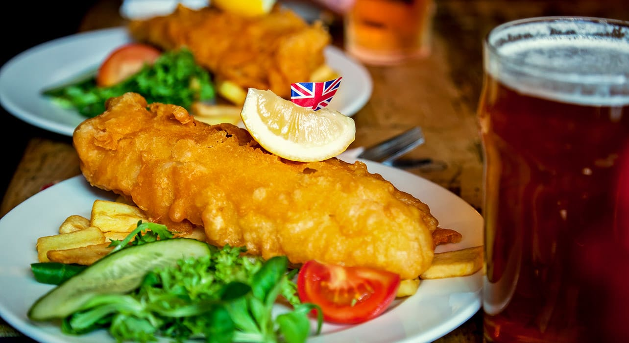 england pub fish and chips beer