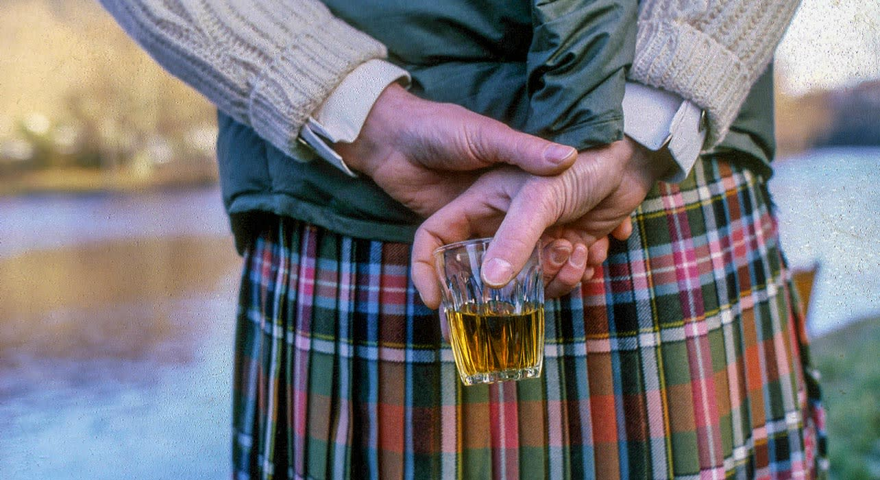 5 slide scotland whisky kilt pano
