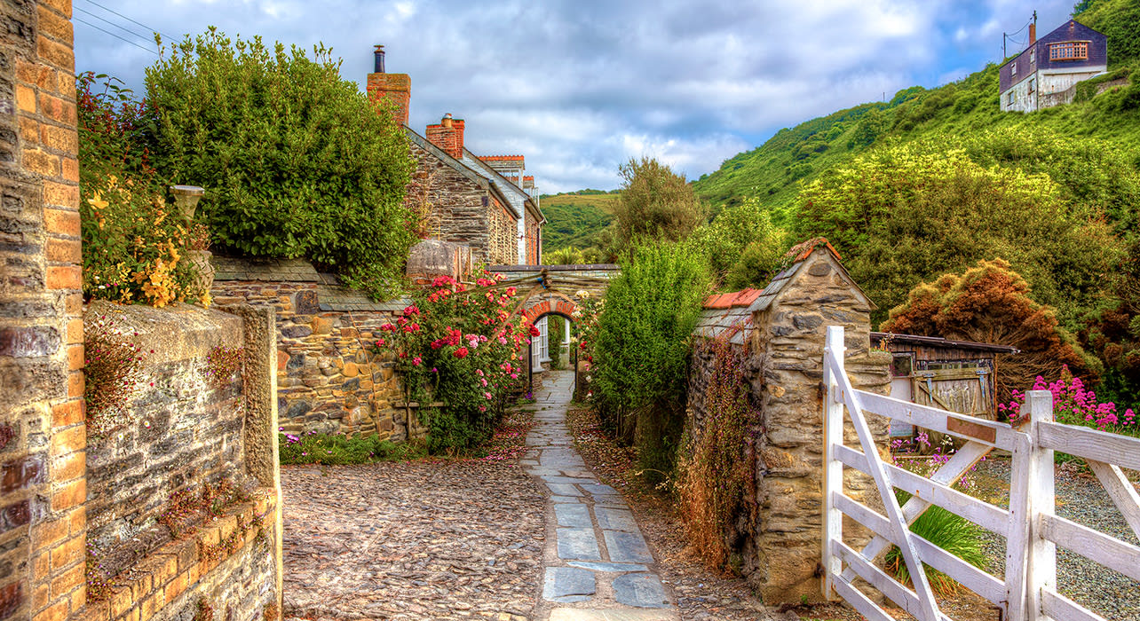 england cornwall port isaac walking path