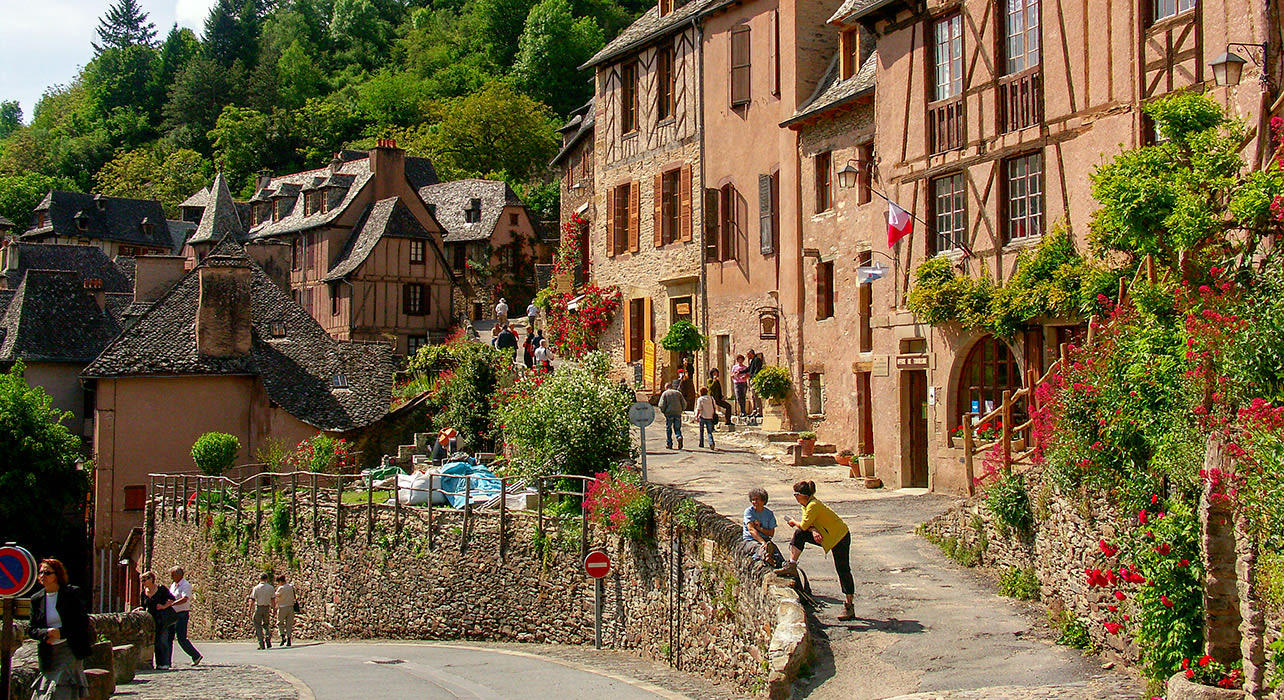 france lot valley medieval town
