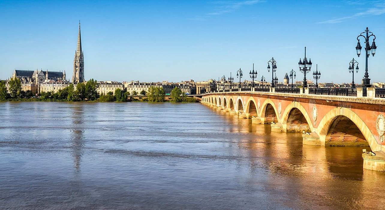 bordeaux pont de pierre bridge