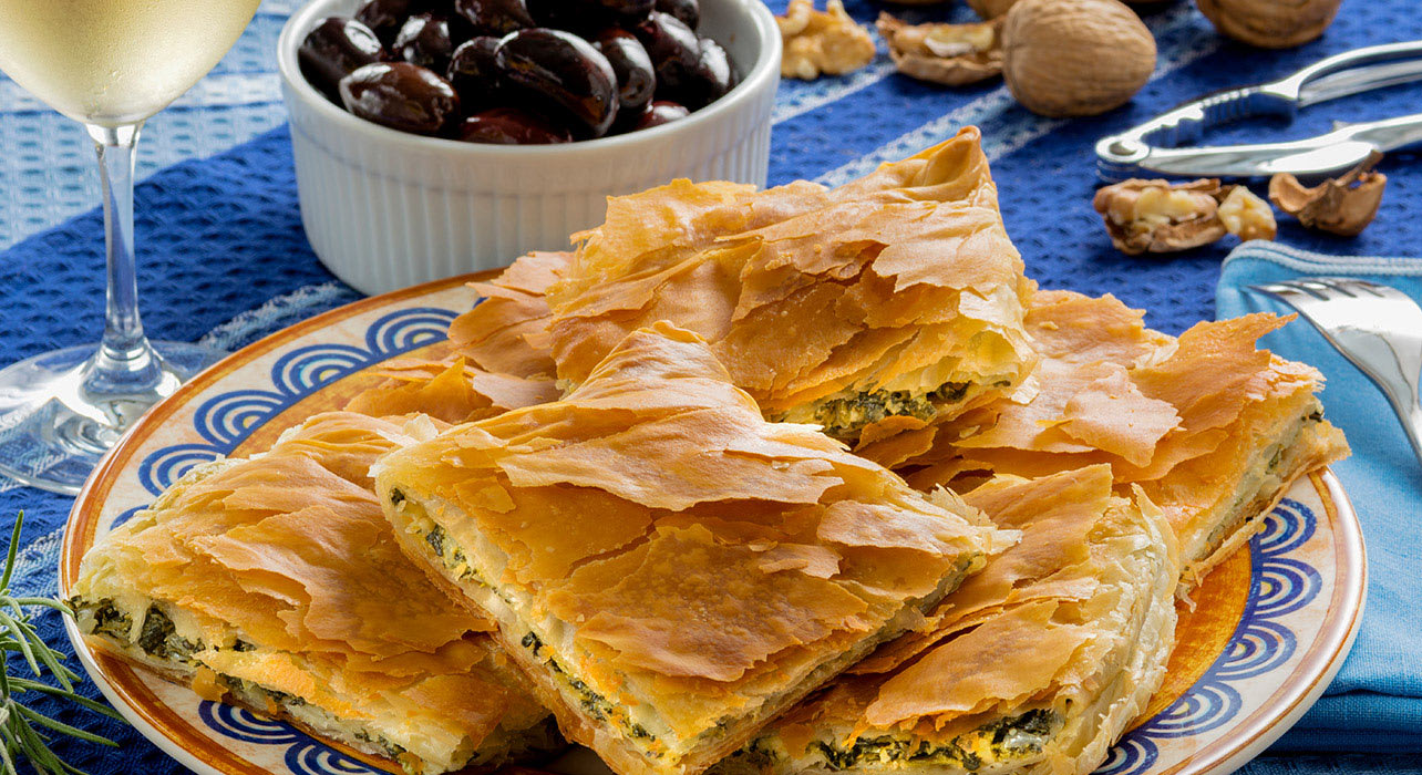 greek pastry spanikopita wine olives cradj