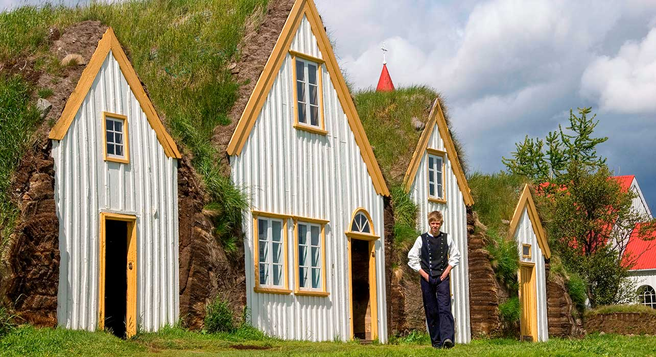 iceland traditional houses