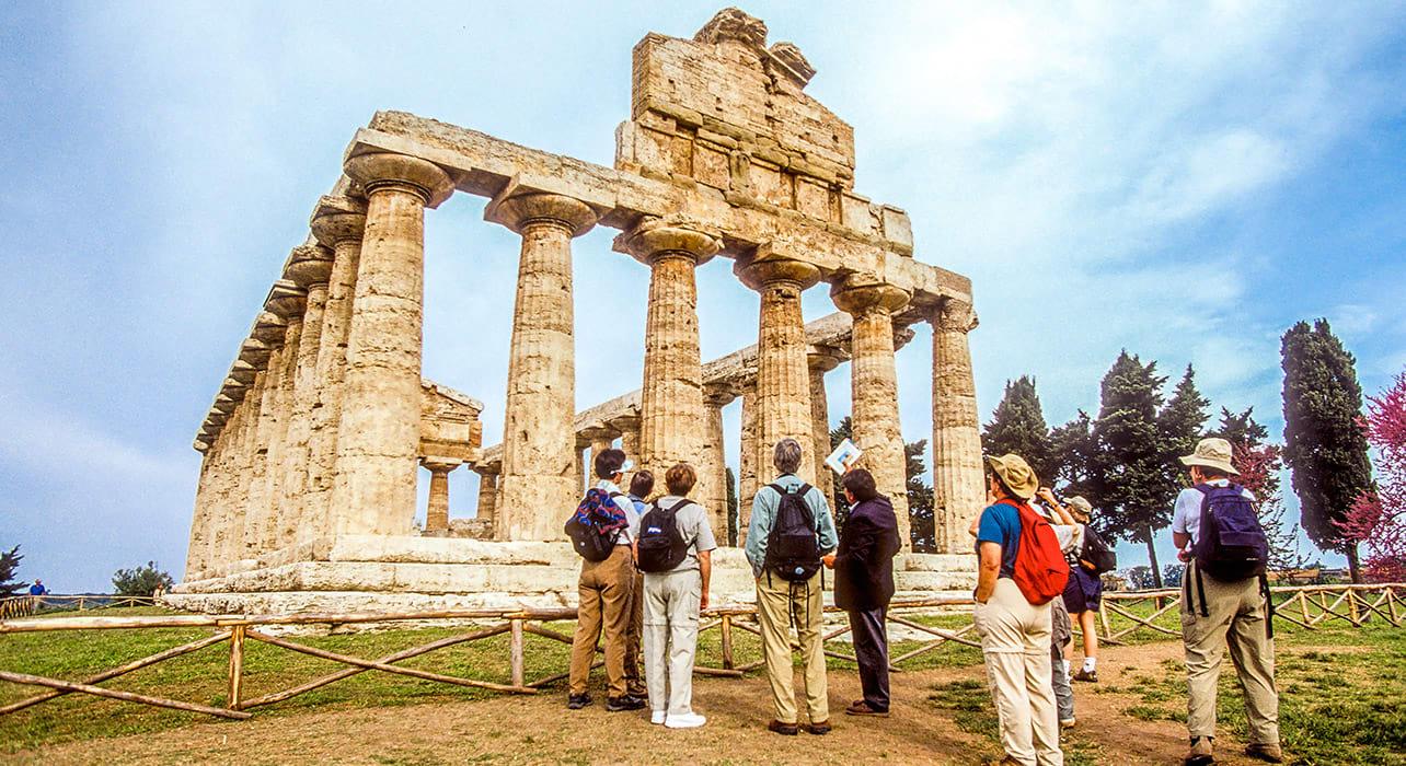 italy campania paestum ruins