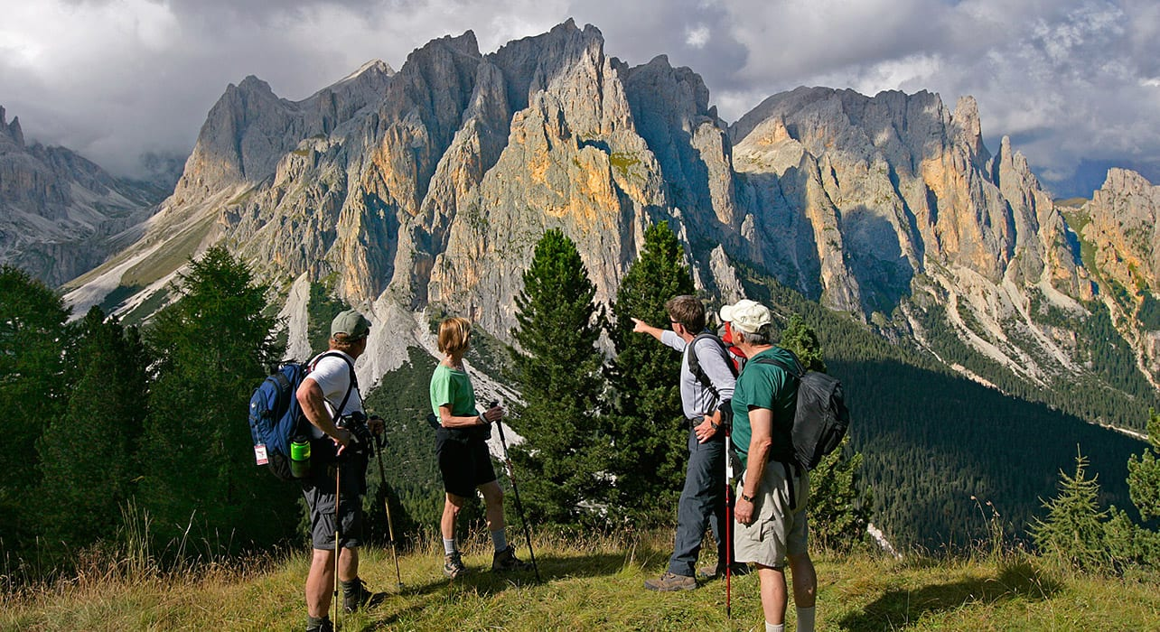italy dolomites mountain vista trek