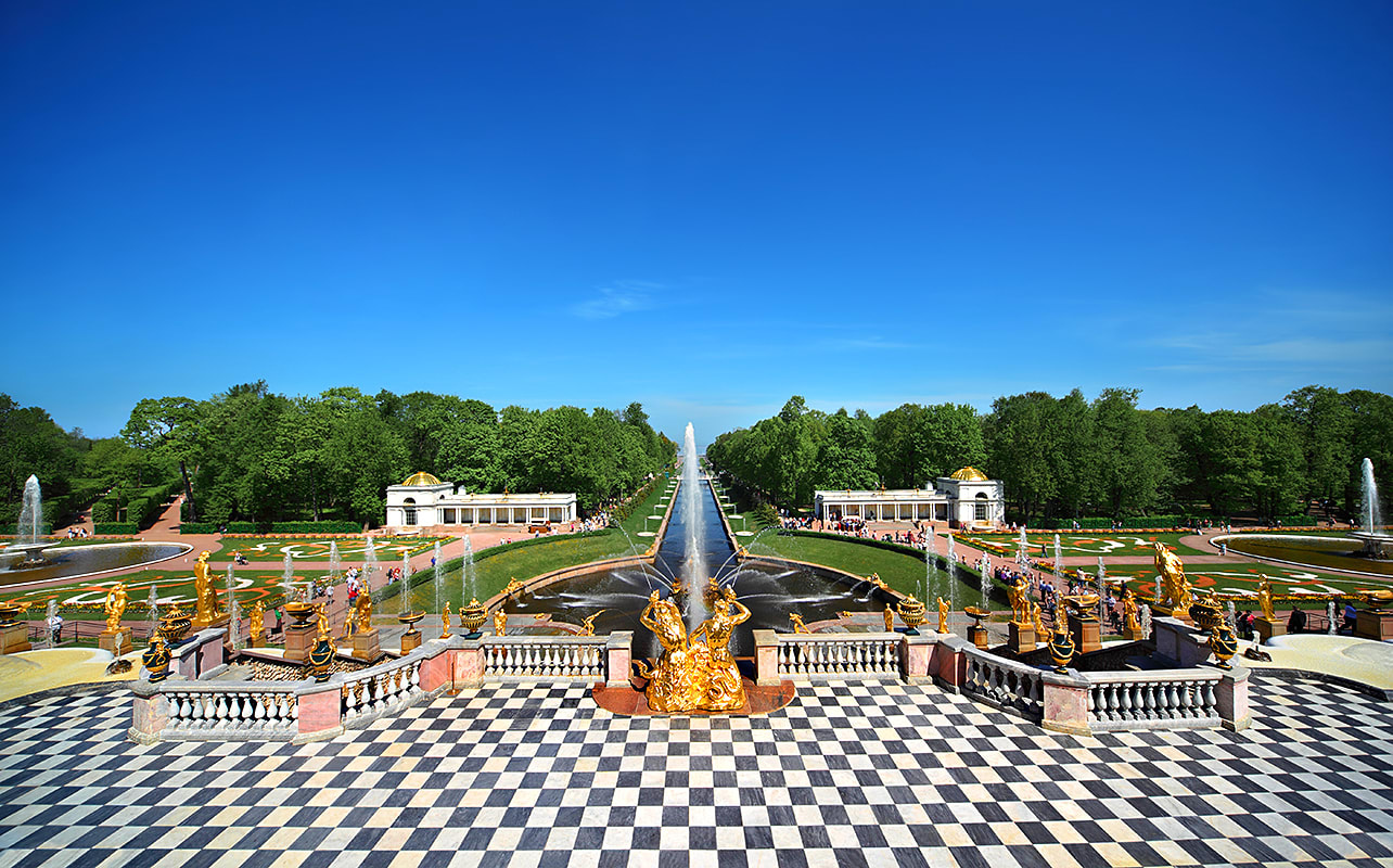 peterhof palace st petersburg russia