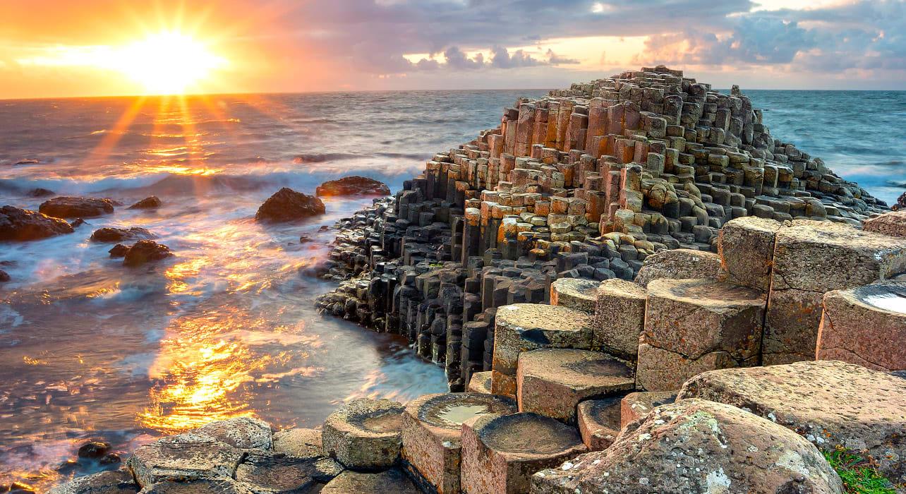 ireland galway giants causeway sunset