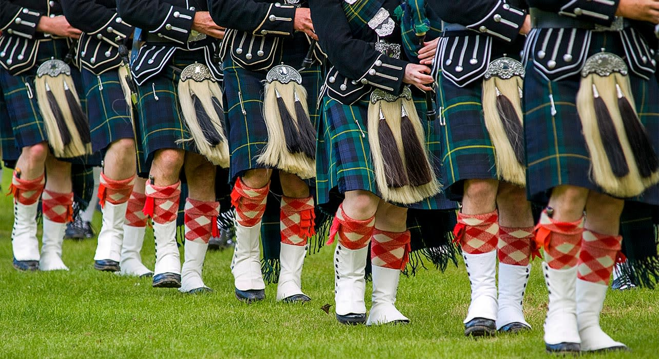 scotland pipers traditional music