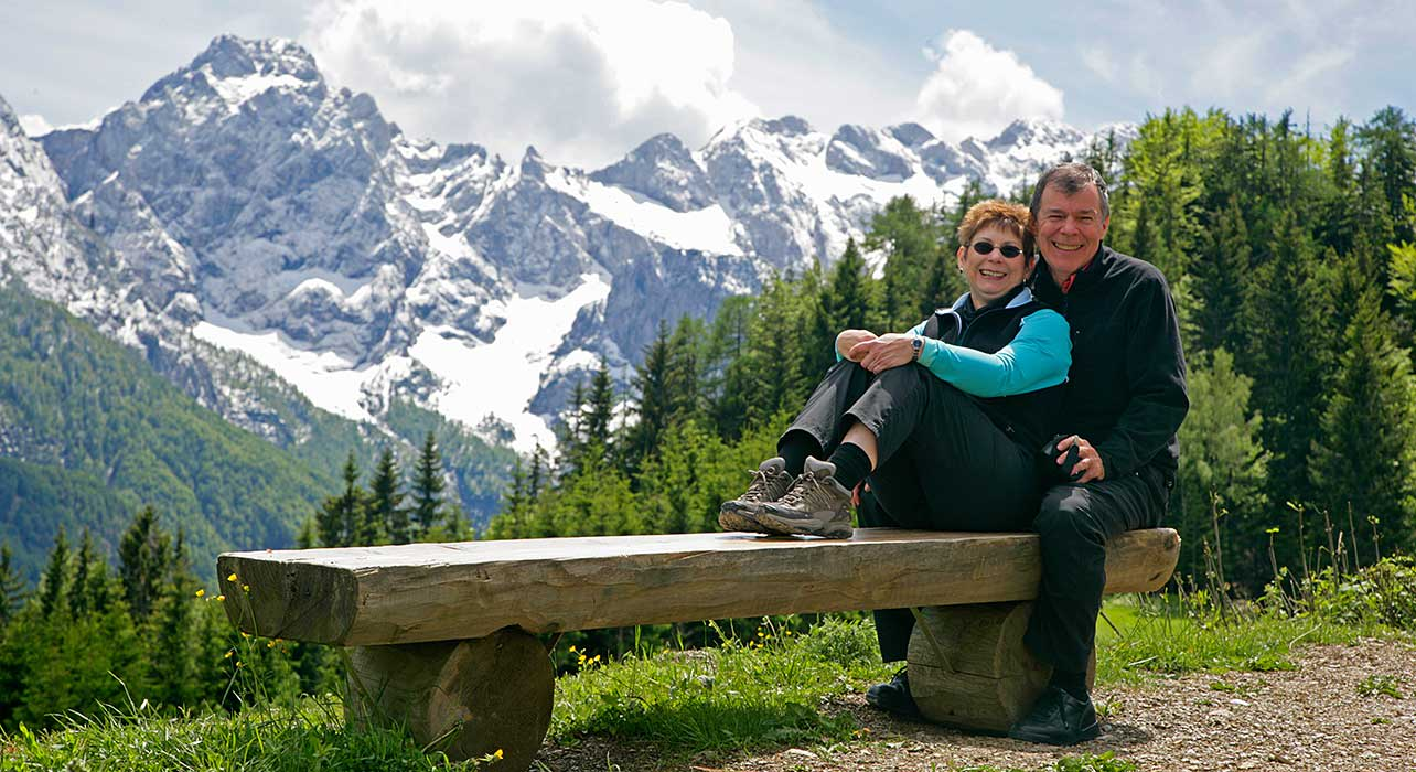 3 slide slovenia hikers mountains pano