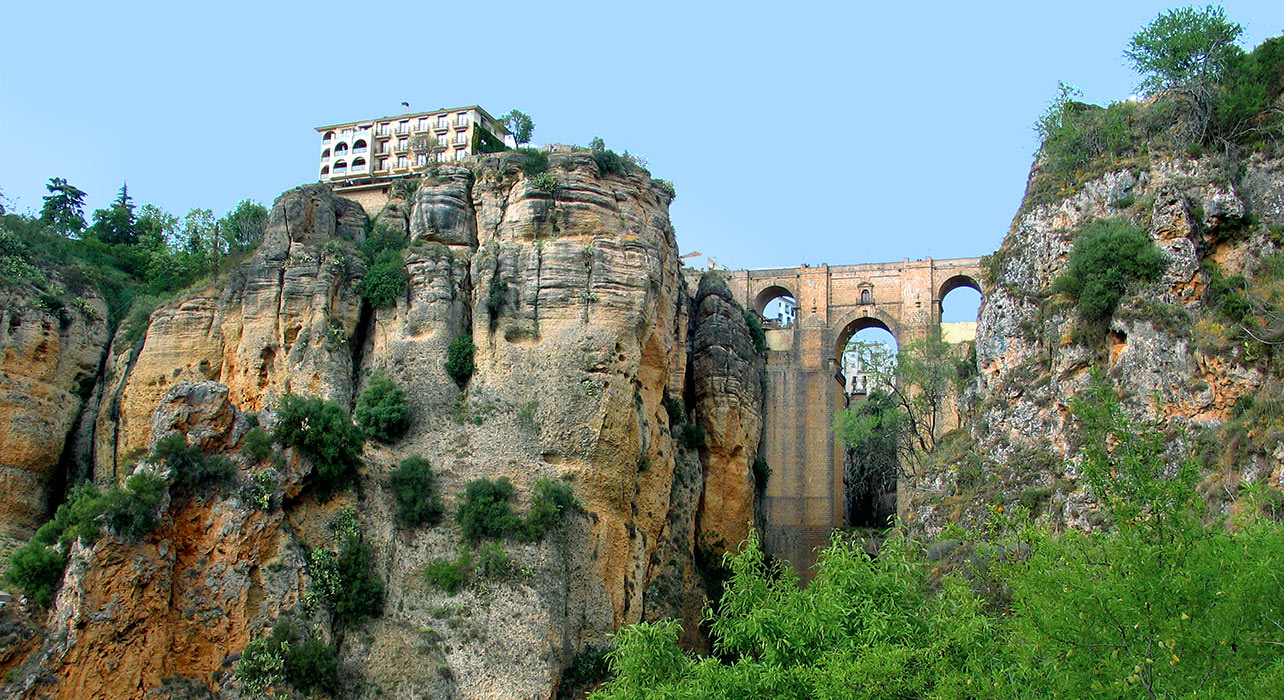 spain rhonda bridge view