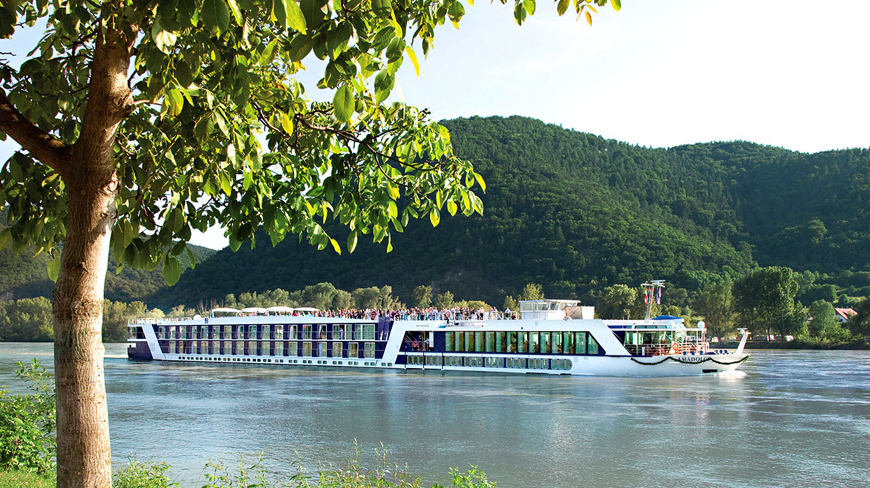 p15 rhine river amadolce boat