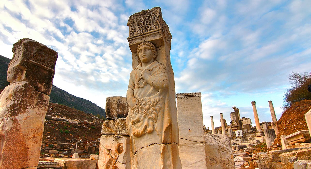 turkey ephesus ruins carvings