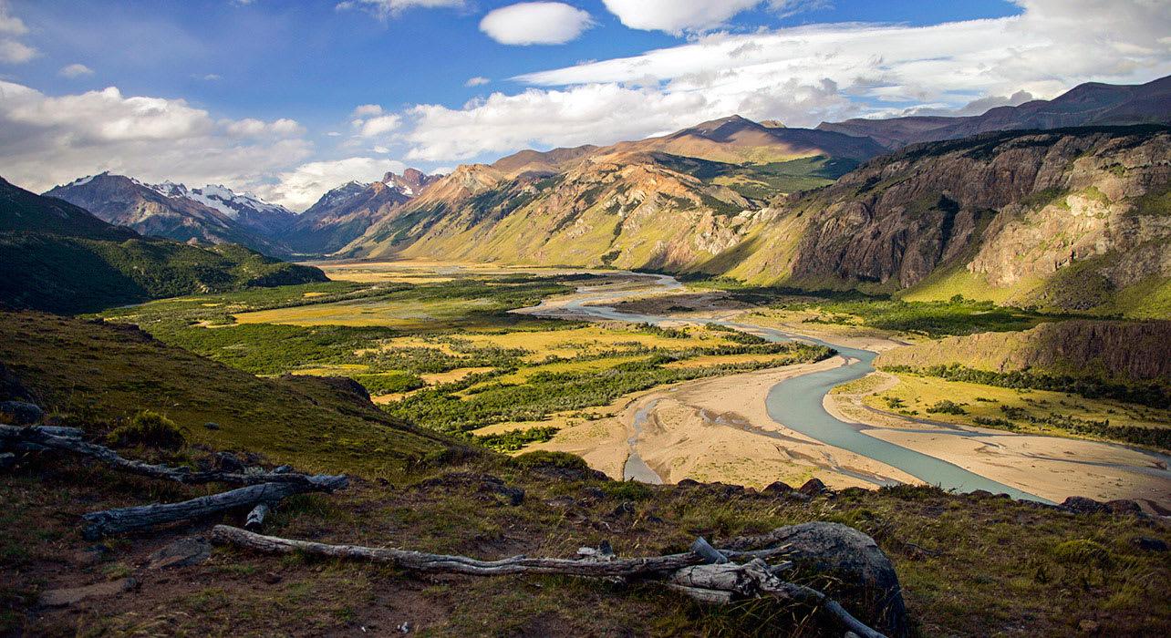 7 slide river valley view el chalten pano