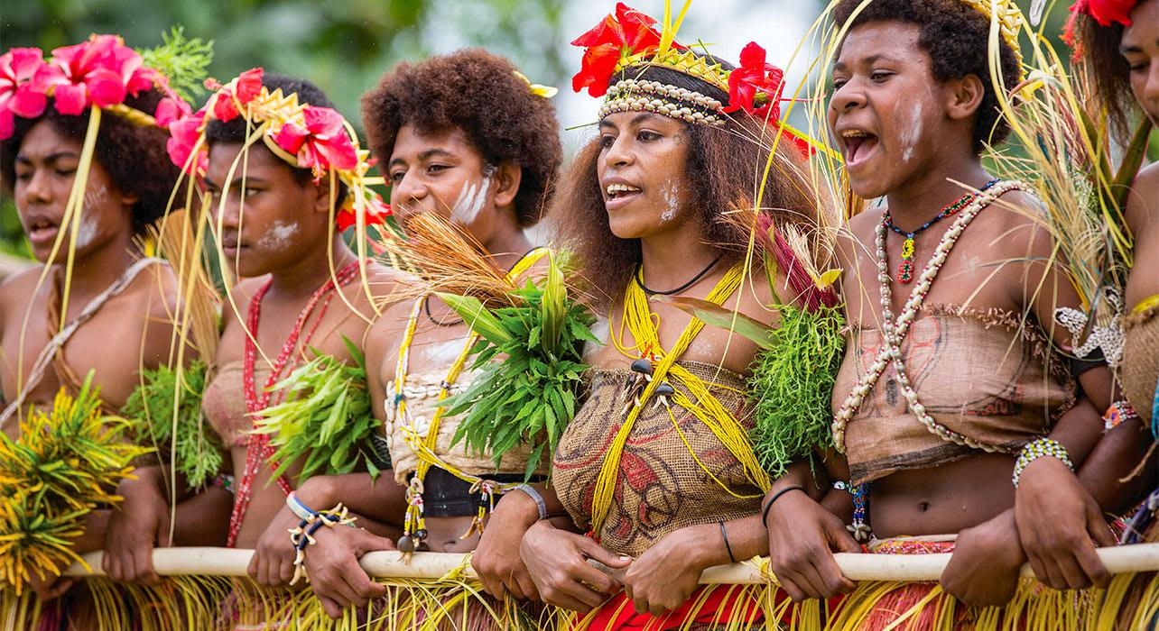 melanesia papua new guinea women in traditional clothing