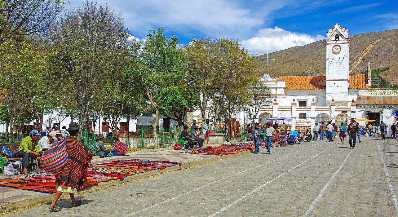 bolivia market crafts