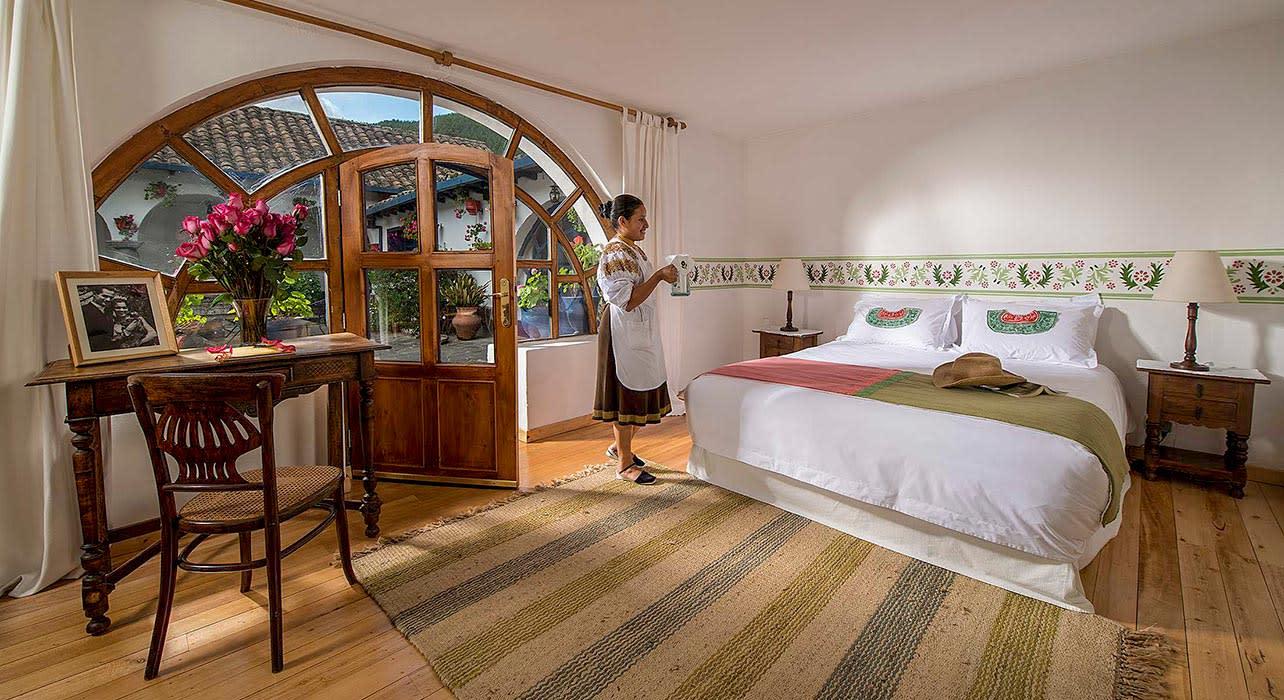hacienda cuisin bedroom