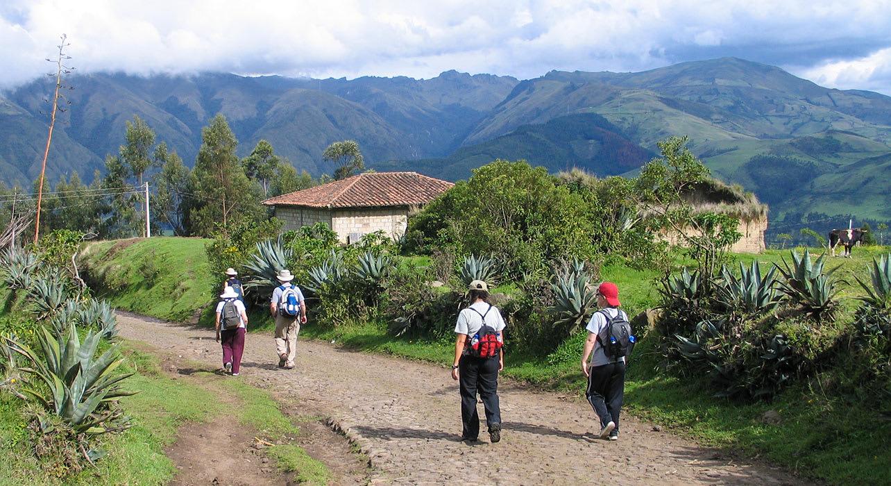 6 slide hacienda cusin ecuador clients hike pano