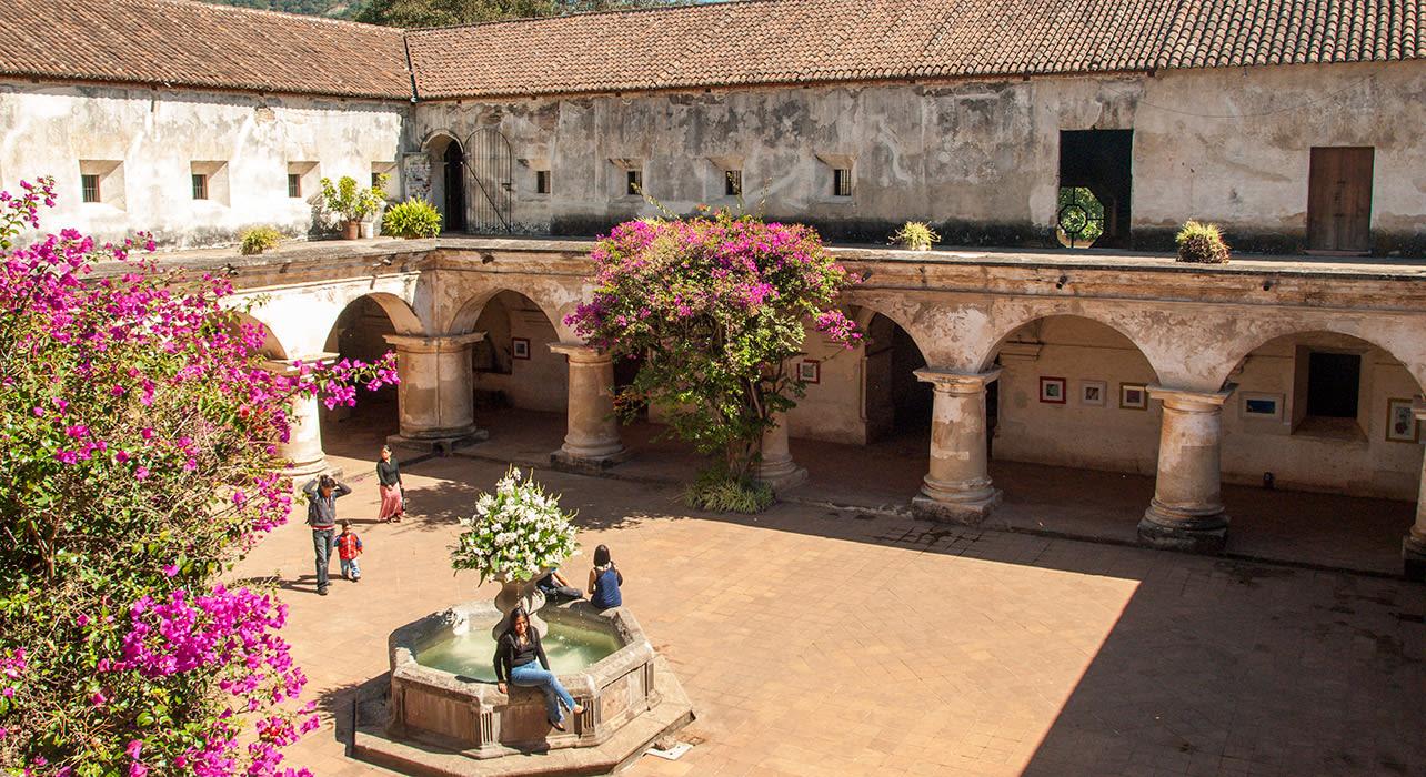 5 slide guatelmala chichicastenango courtyard pano